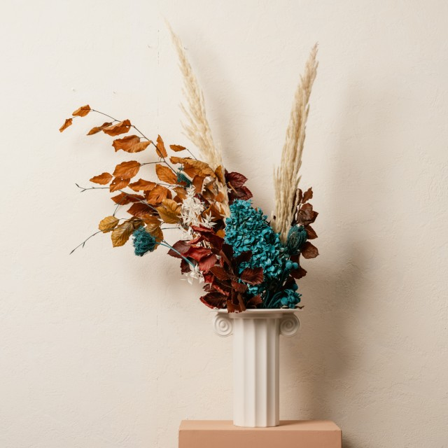 Vaso in stile ionico small con composizione in secco