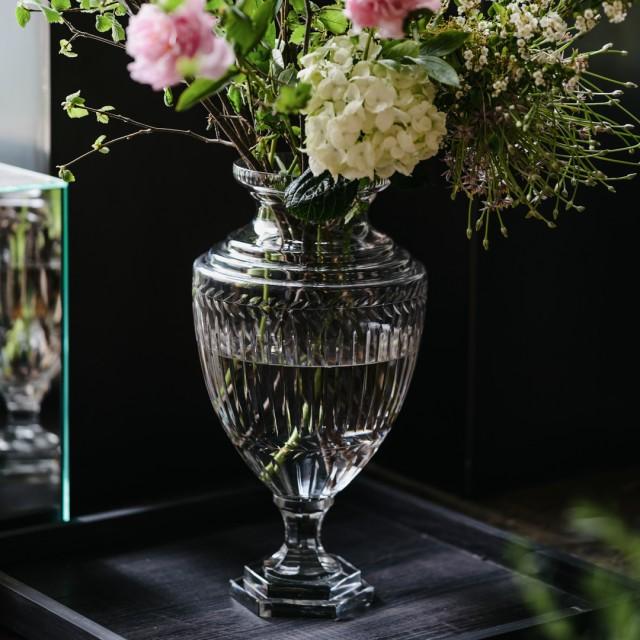 Vaso vintage in vetro cesellato